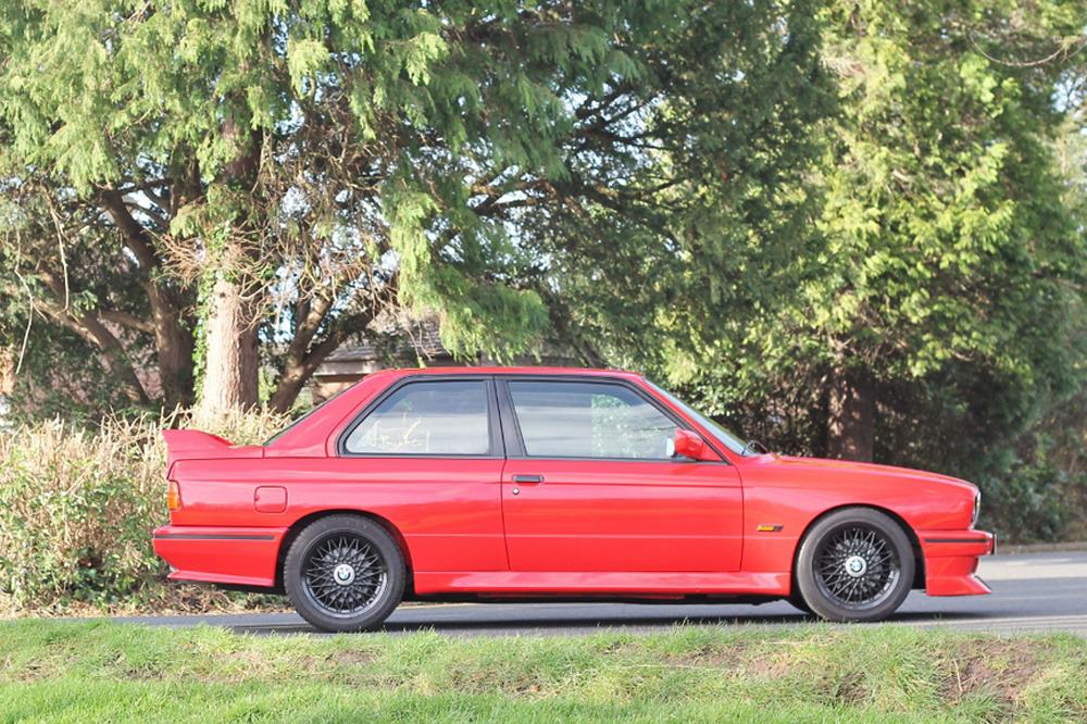 subasta-BMW-M3-E30-Johnny-Cecotto-4